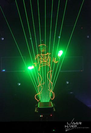 Laser-Harp-in-Action-09