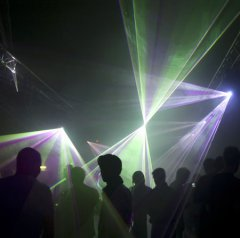 clubbing_07_450px.jpg
