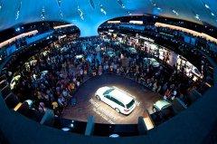 Mercedes-Benz-IAA-Exhibition-0026.jpg