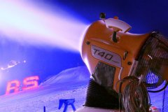 Laserworld_AUDI_Ice_and_Snow_Experience_2013_web18.jpg