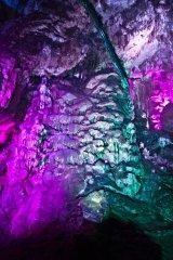 HB-Laser_-_Flowstone_Cave_in_Ledenika-0012.jpg
