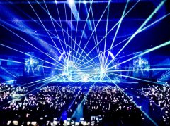 Laserworld_at_Angela_Zhang_World_Tour_1_web.jpg