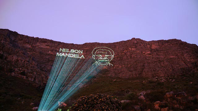 Laserworld Laser Projections onto the Table Mountain 640x360